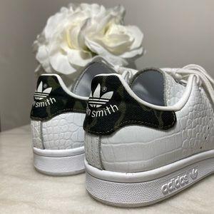 Adidas - Stan Smith with Croc/Camo Details